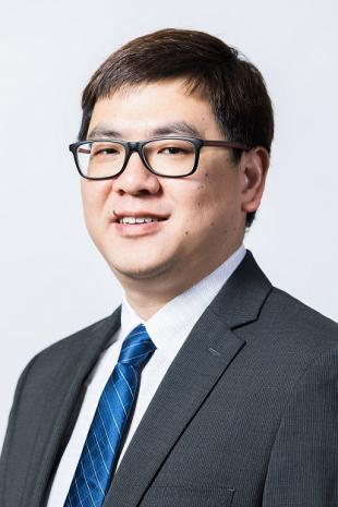 Dr. Yi (Harvey) Huang