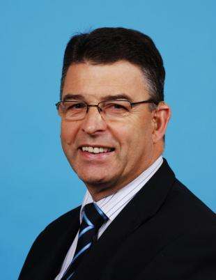 Professor Hugh McCann, Head of School of Engineering and Chair in Tomographic Imaging